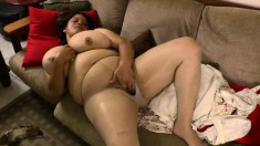 Pantyhosed mom with huge breasts Rosaly fingers her peach to climax