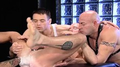 Bald stud gets his ass penetrated by sex toys and fists in an all-male gangbang
