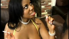 Curvaceous ebony babe Candace offers a black guy an excellent handjob