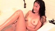 Simone Merlina is taking a bath and is joined by her lesbian lover