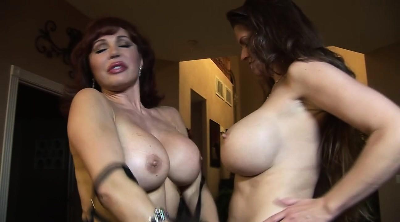 Big boob lesbisch Sex Muskulatur Ebenholz Frauen Pornos
