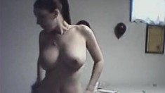 Busty amateur girl flashes her big boobs on the cam