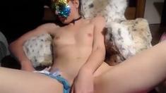 masked american cam-slut squirts